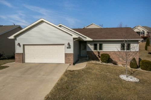 3361 Ashley Lane, Dubuque, IA