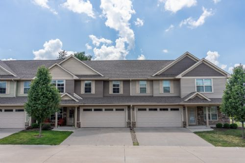 469 Churchill Dr, North Liberty, IA