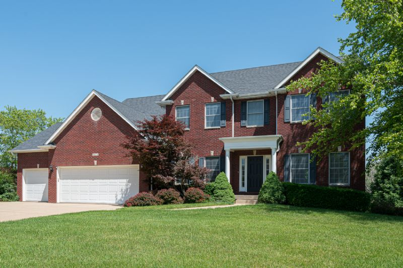 5410 Kristi Lane, Bettendorf, IA
