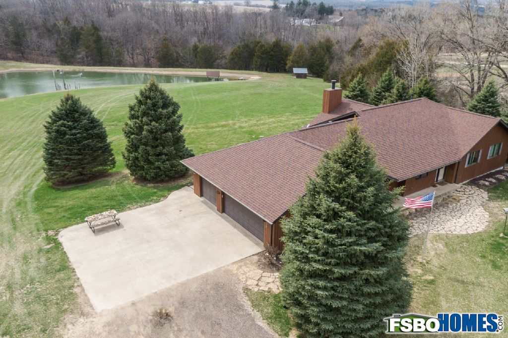 6679 West Stagecoach Trail, Galena, IL, Image 17