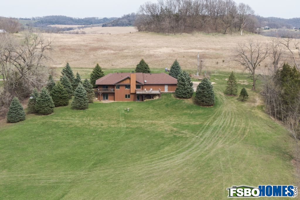 6679 West Stagecoach Trail, Galena, IL, Image 20