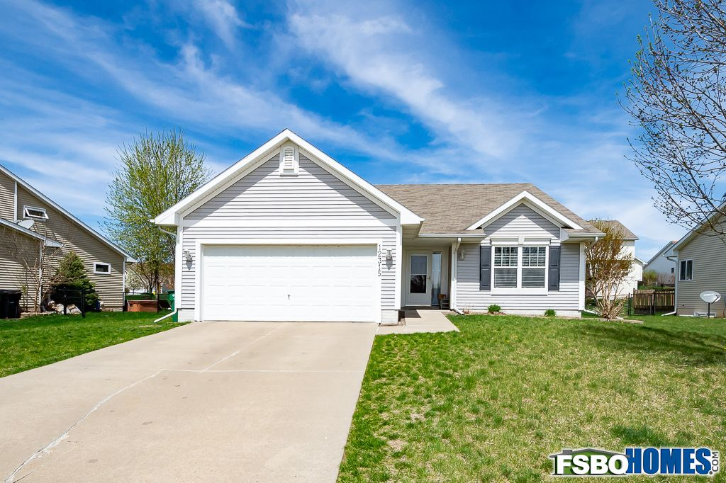 12315 Airline Ave, Urbandale, IA, Image 0
