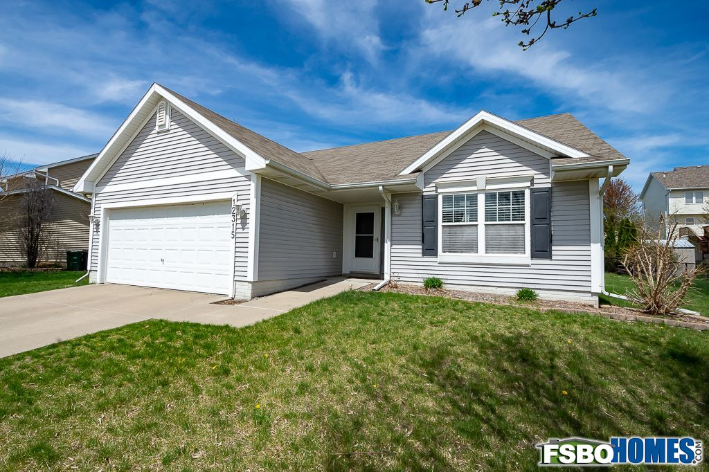 12315 Airline Ave, Urbandale, IA, Image 1