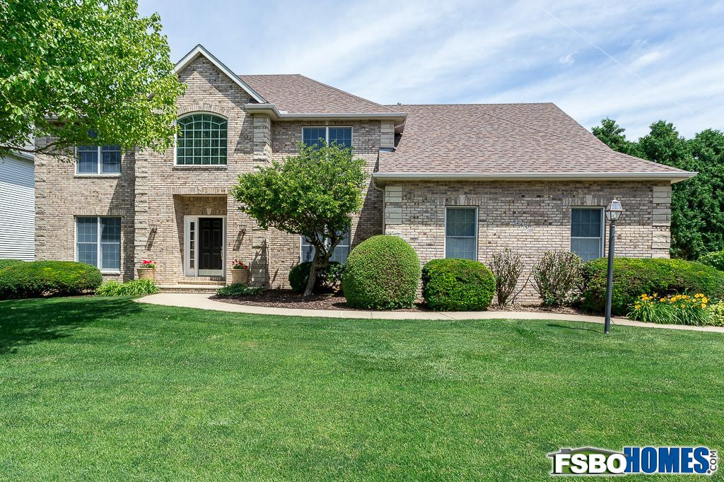 2650 Heather Glen Ave, Bettendorf, IA, Image 0