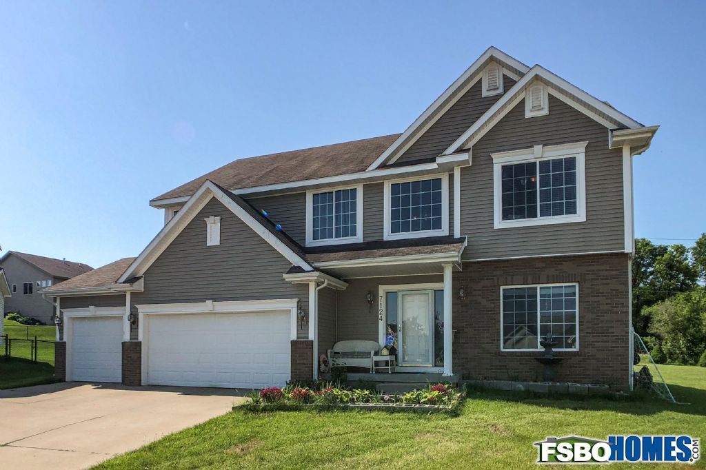 7124 Sweetwater Dr., Des Moines, IA, Image 1
