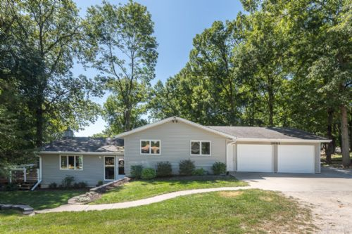 3693 Quarry Heights Lane Northeast, North Liberty, IA